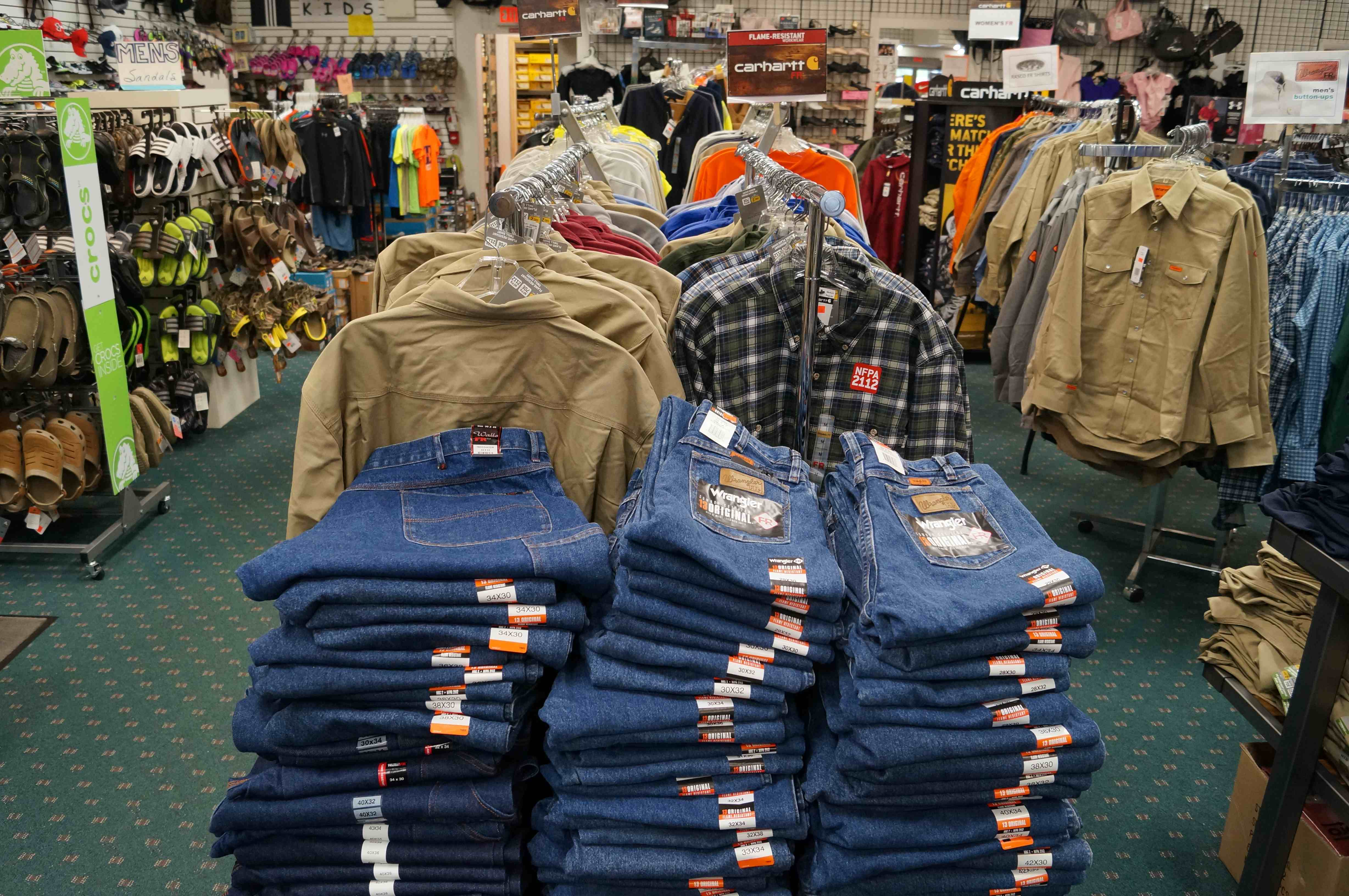 Cheap online clothing stores. Closeout clothing stores